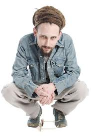 picture of hip hop artist Aaron Evans